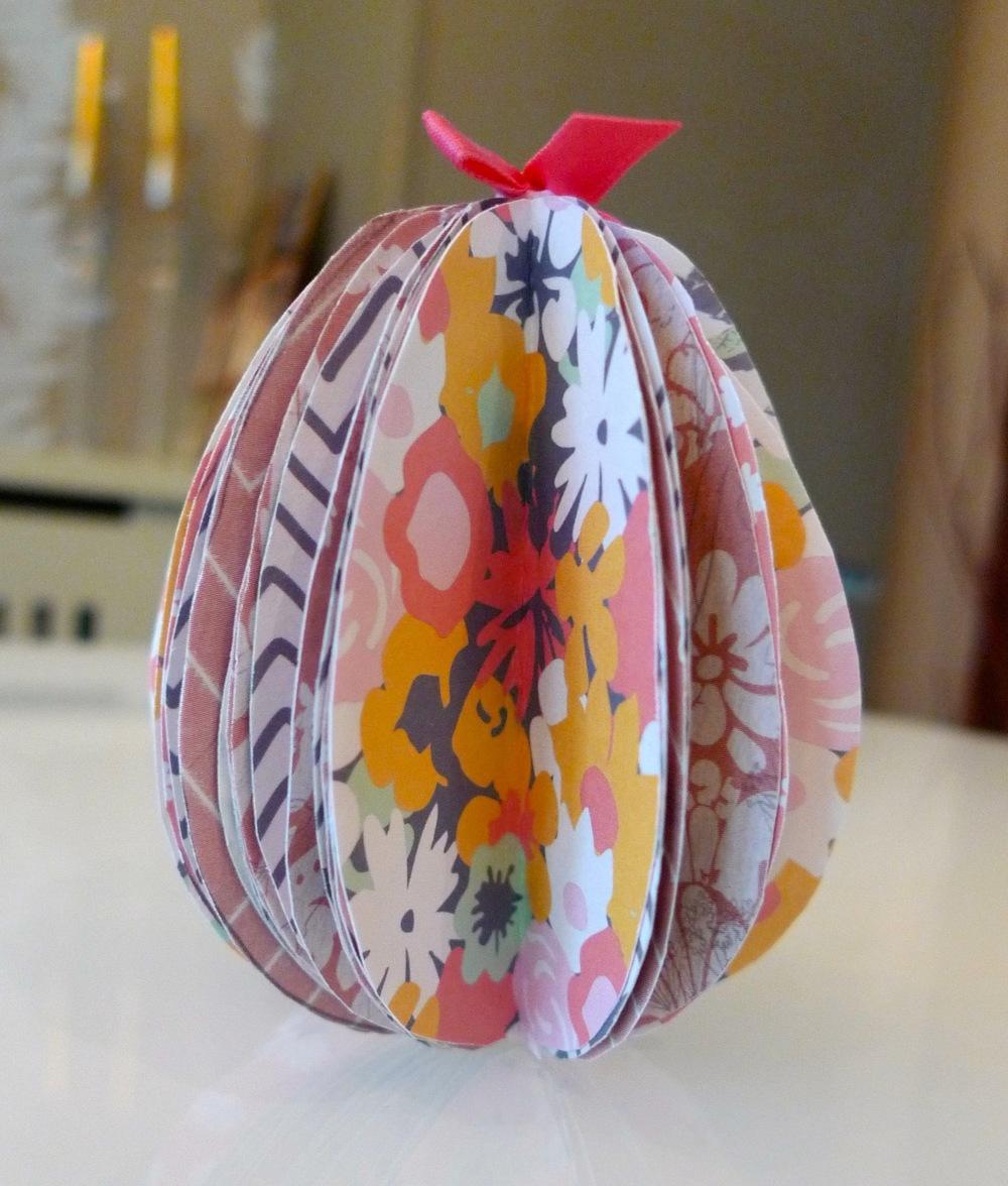 finished paper easter egg