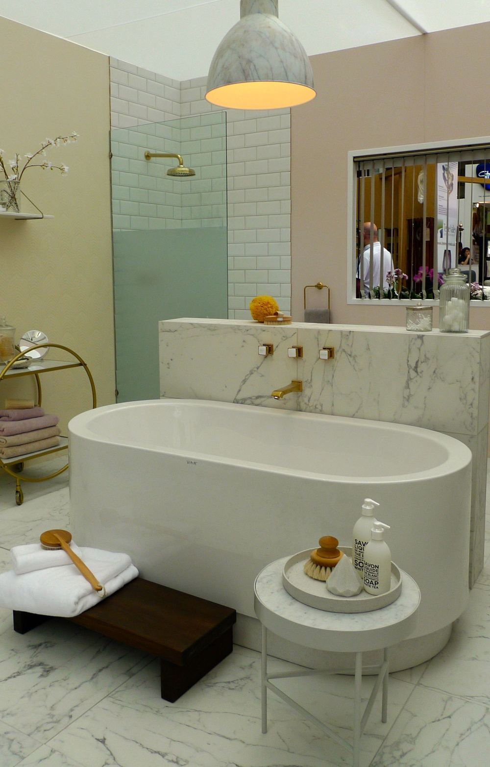 glamour bathroom good homes roomsets