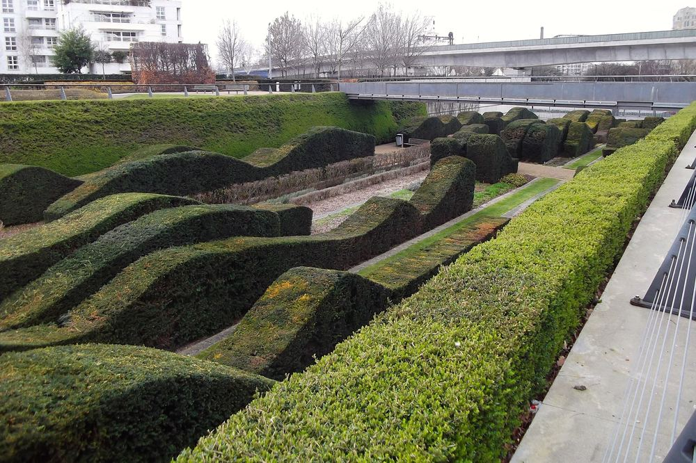 See more at: Hedges at the Thames Barrier Park