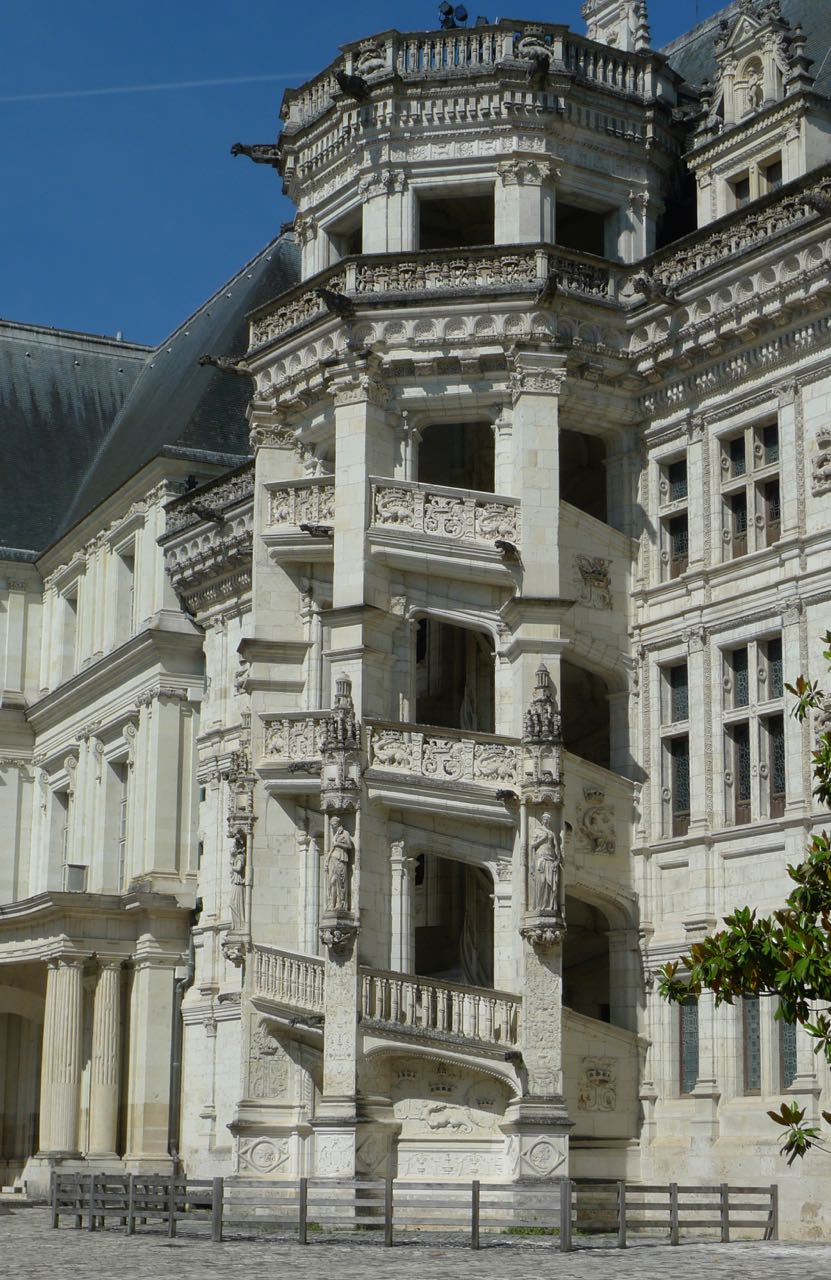 My favourite view of the chateau de blois