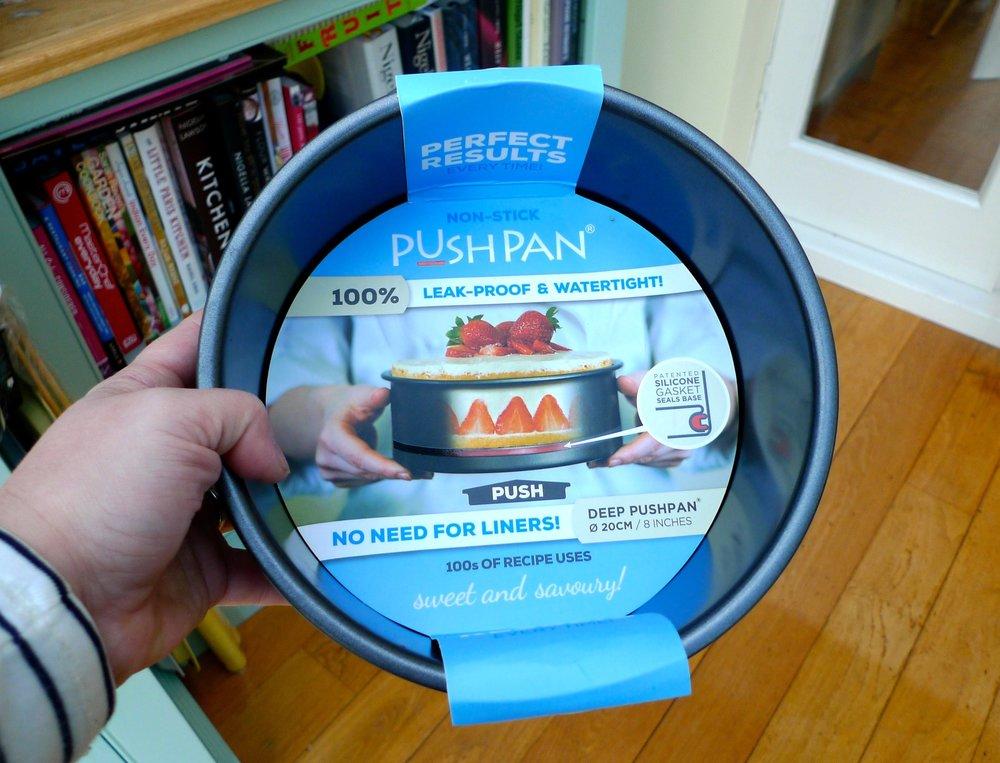 Pushpan silicone gasket cake tin