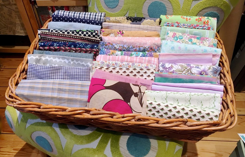 THIRTY THREE MATERIALS CHOSEN FOR MY SCRAPPY QUILT PROJECT