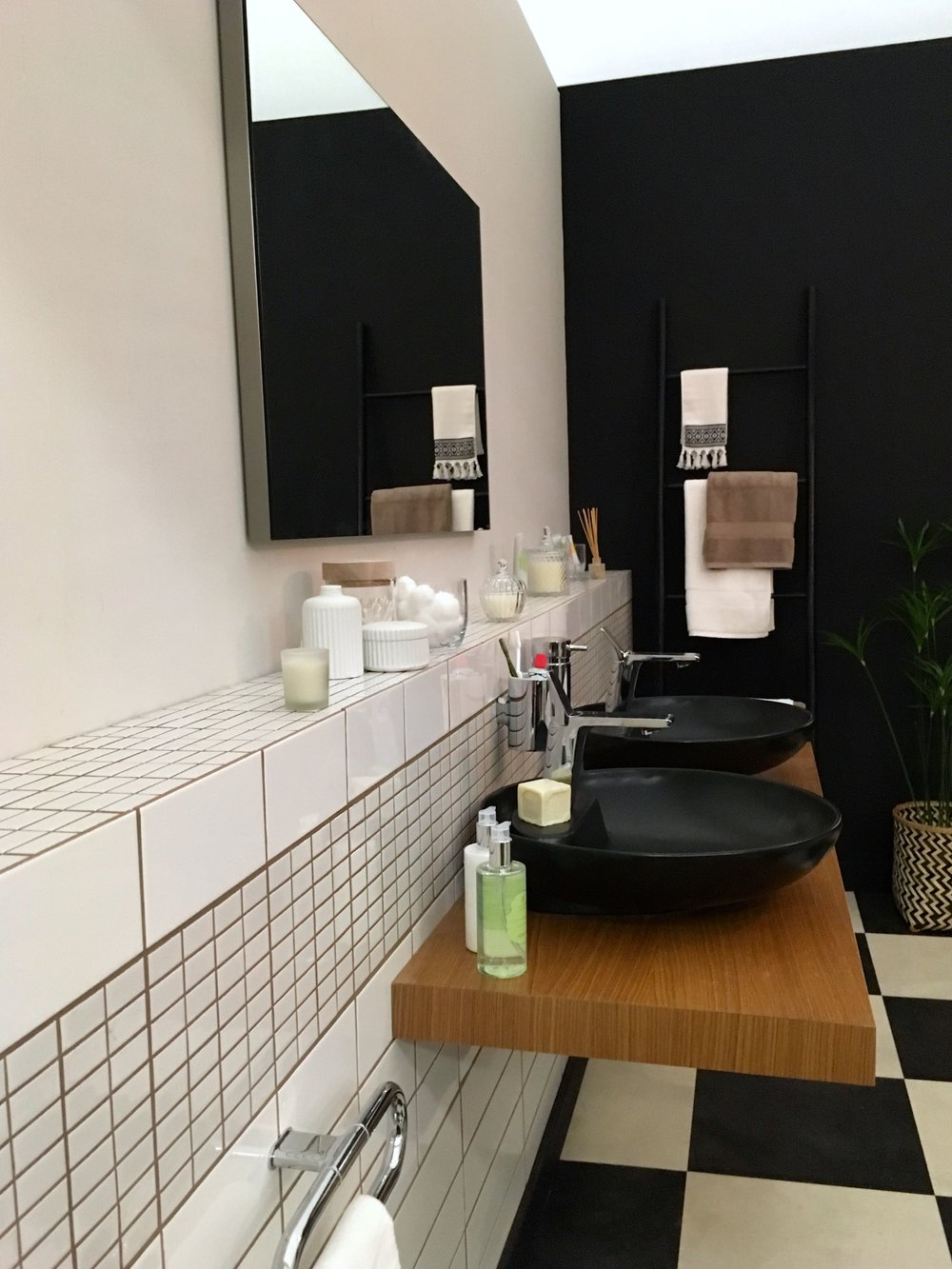 double black sinks in the bathroom room set at the Ideal Home show