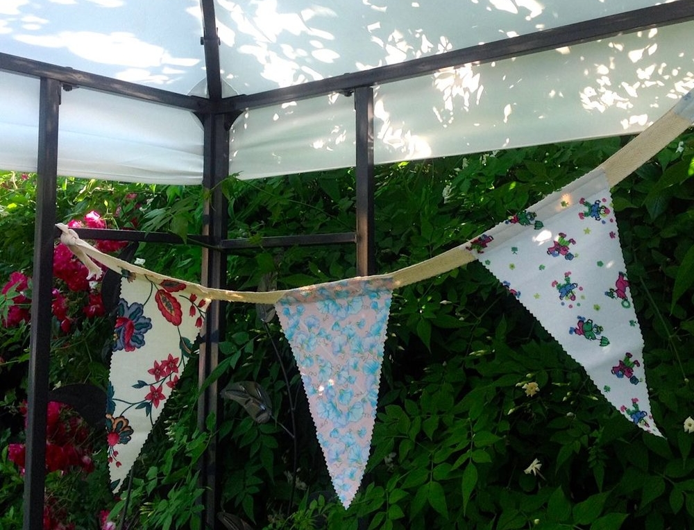 BUNTING MADE FROM SCRAPS