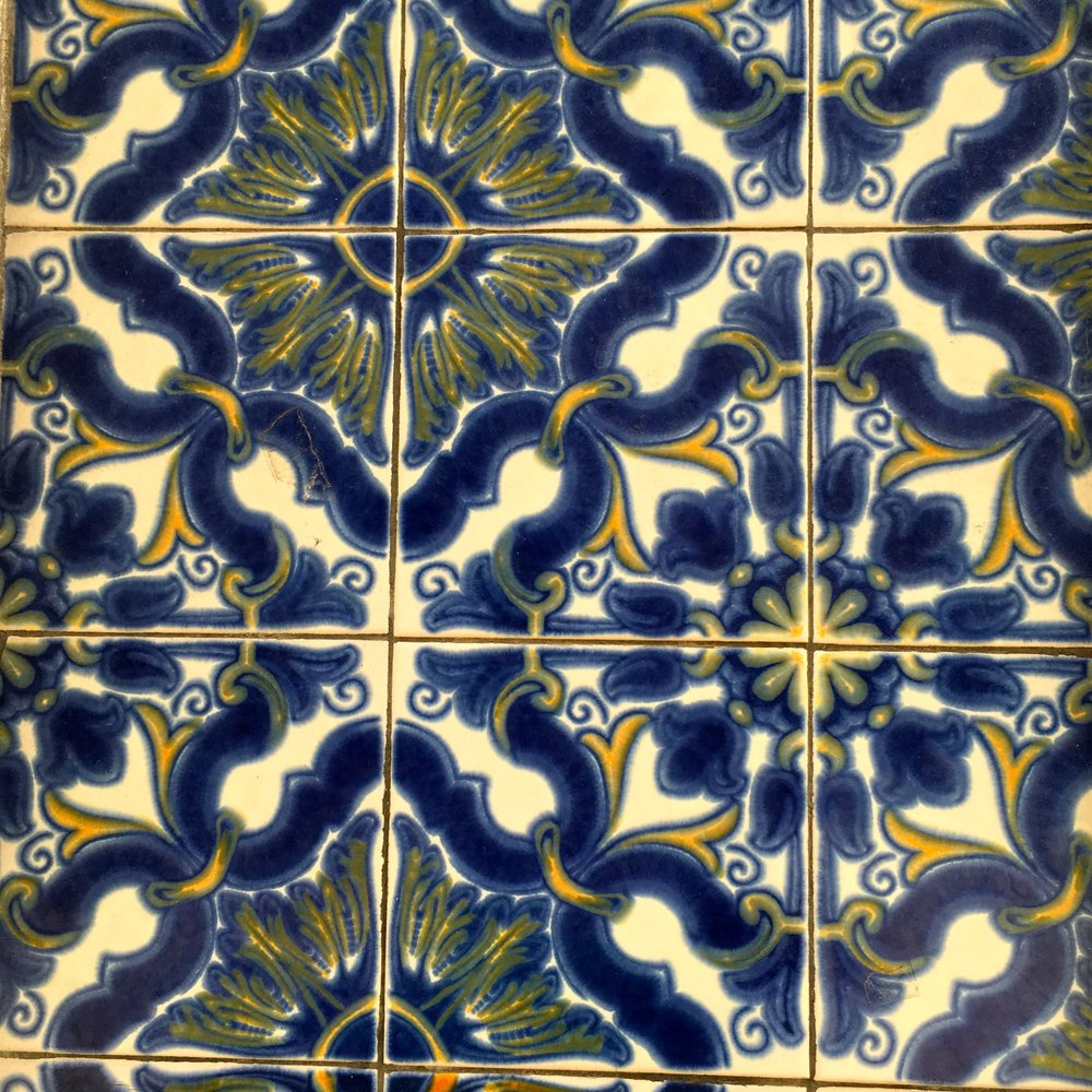 larger patterned  tiles in Porto