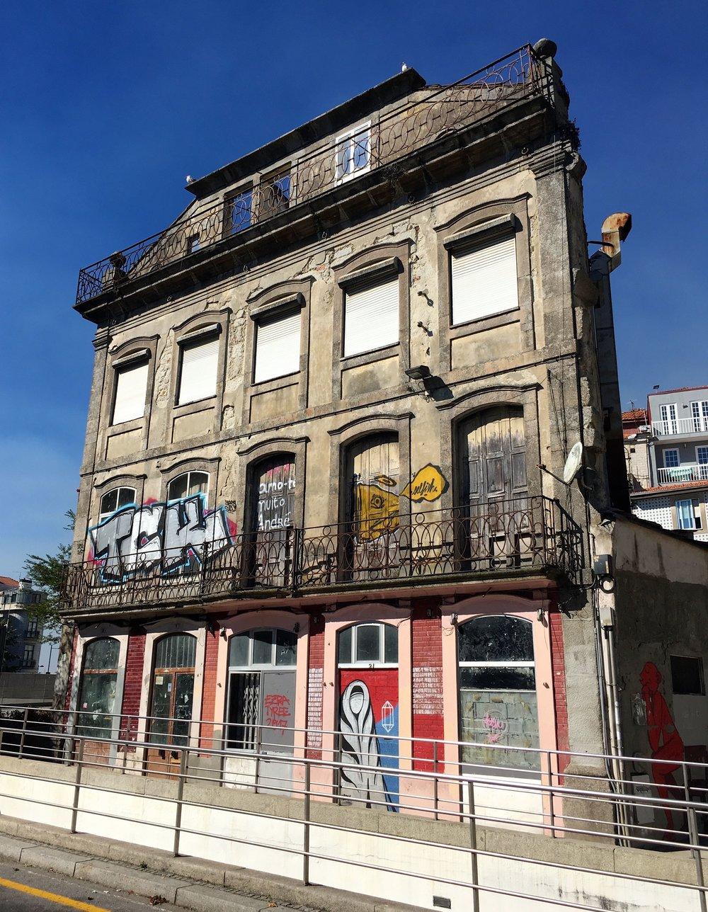 building facades In Porto