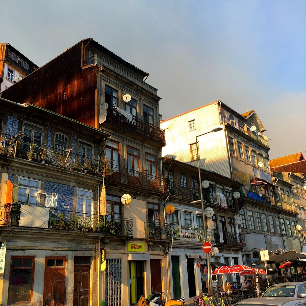 Extending upwards in Porto