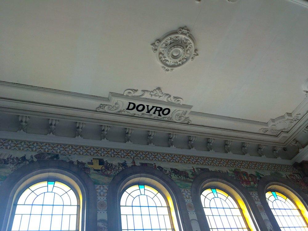 Douro on the ceiling at sao bento