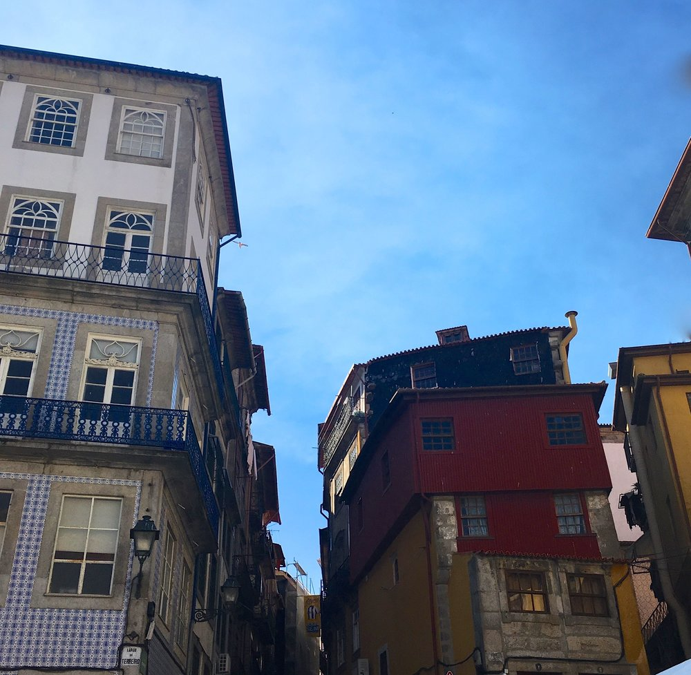 December: Looking up in Porto at facades and roofs