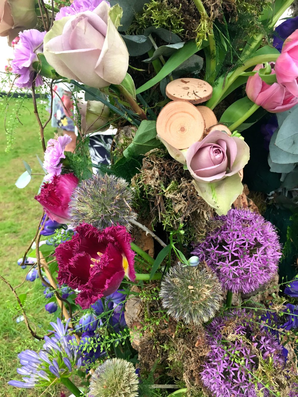 ALLIUMS, AGAPANTHUS, TULIPS, ROSES AND MORE