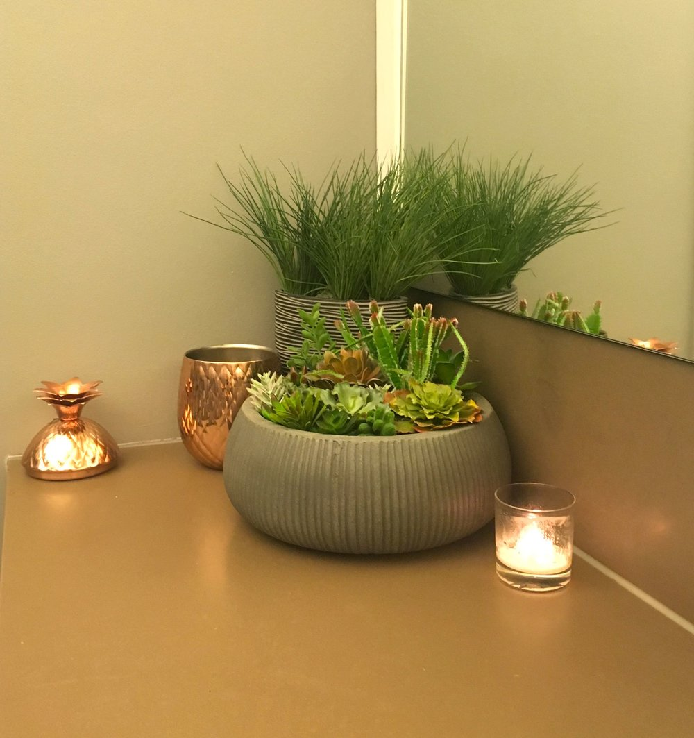 a corner garden arrangement