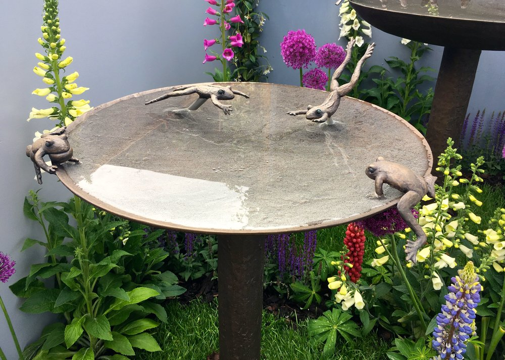 Garden Frogs birdbath sculpture at the Chelsea Flower Show