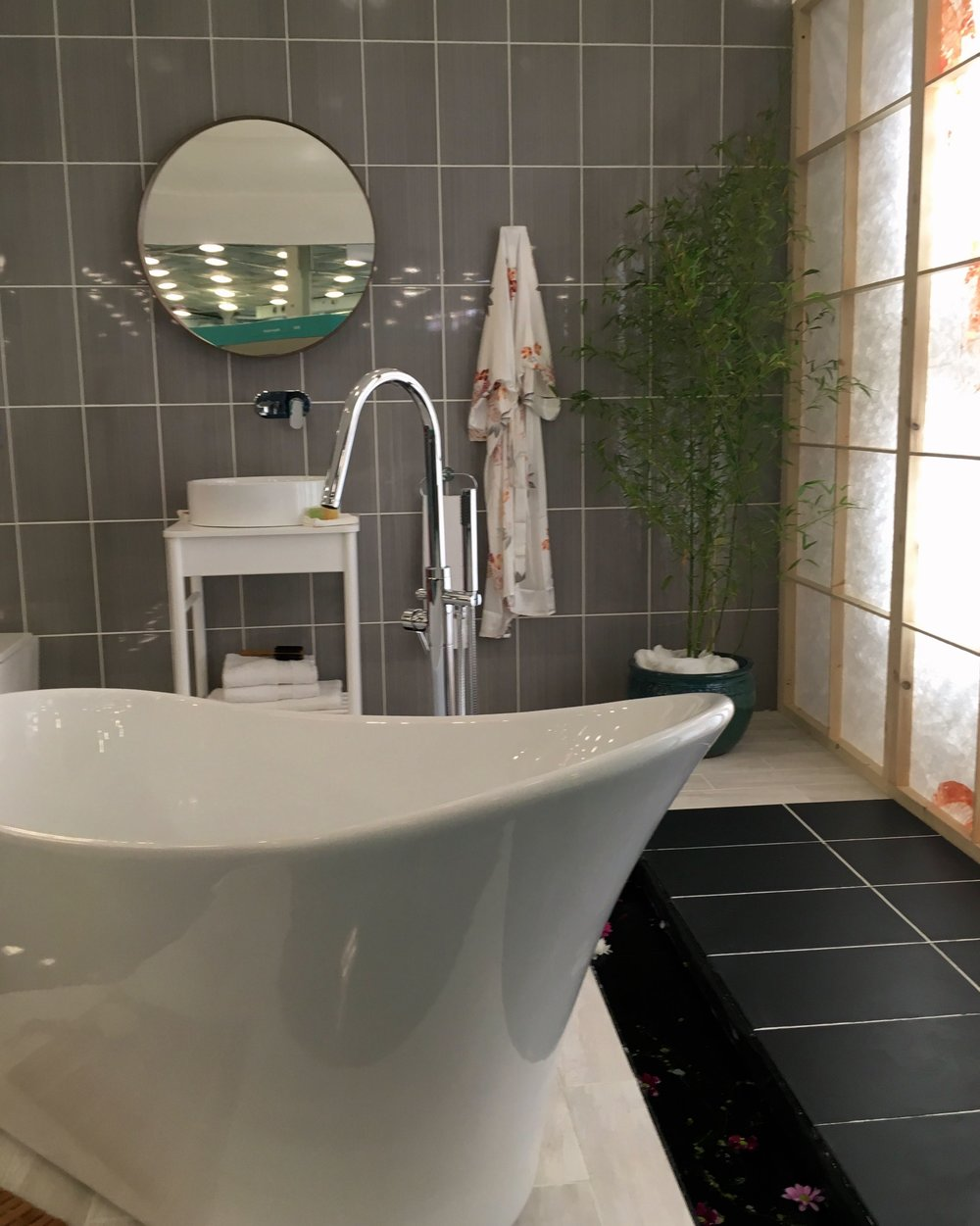 A bathroom that exudes calm at the ideal home show