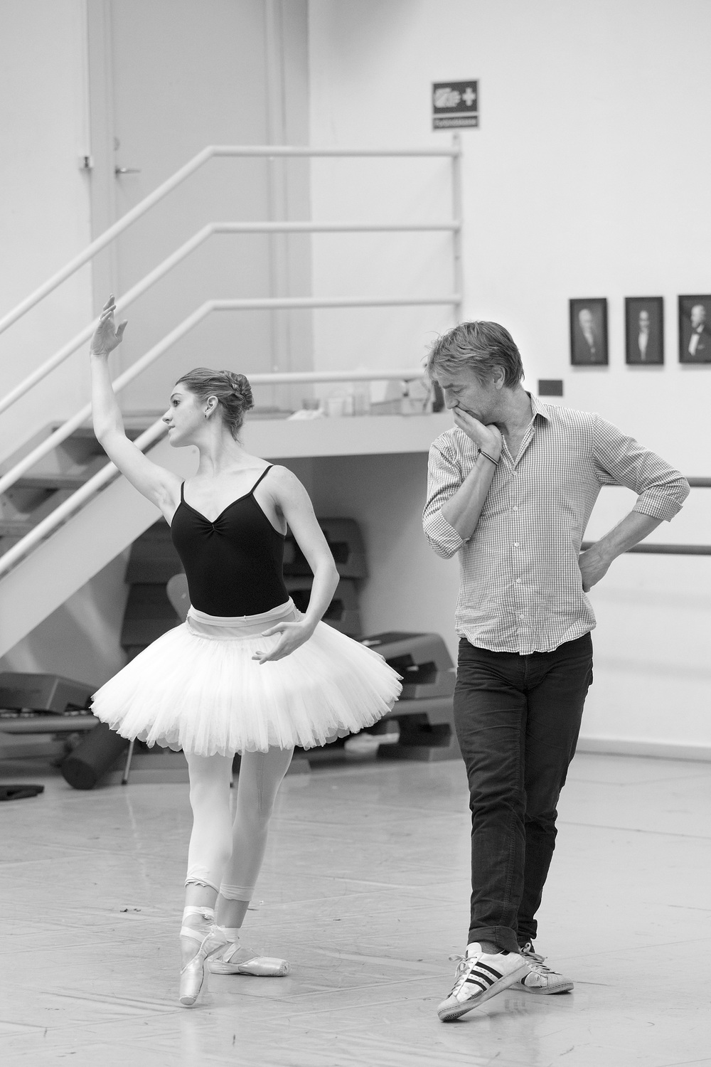 Nikolaj Hübbe is at the ballet from 8 am, until he gets home around 11 pm. There he listens to the music for the next day, and prepares the steps for the next days training.