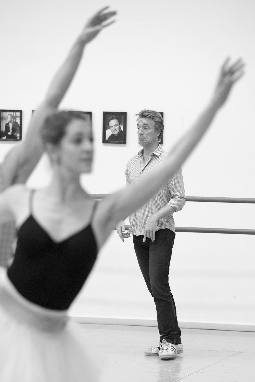 Nikolaj Hübbe studying ballet dancer Holly Jean Dorgers' dance.