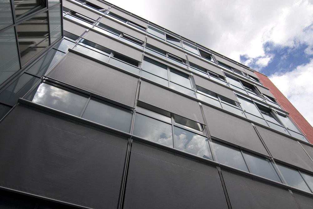наружные шторы для офиса.jpg