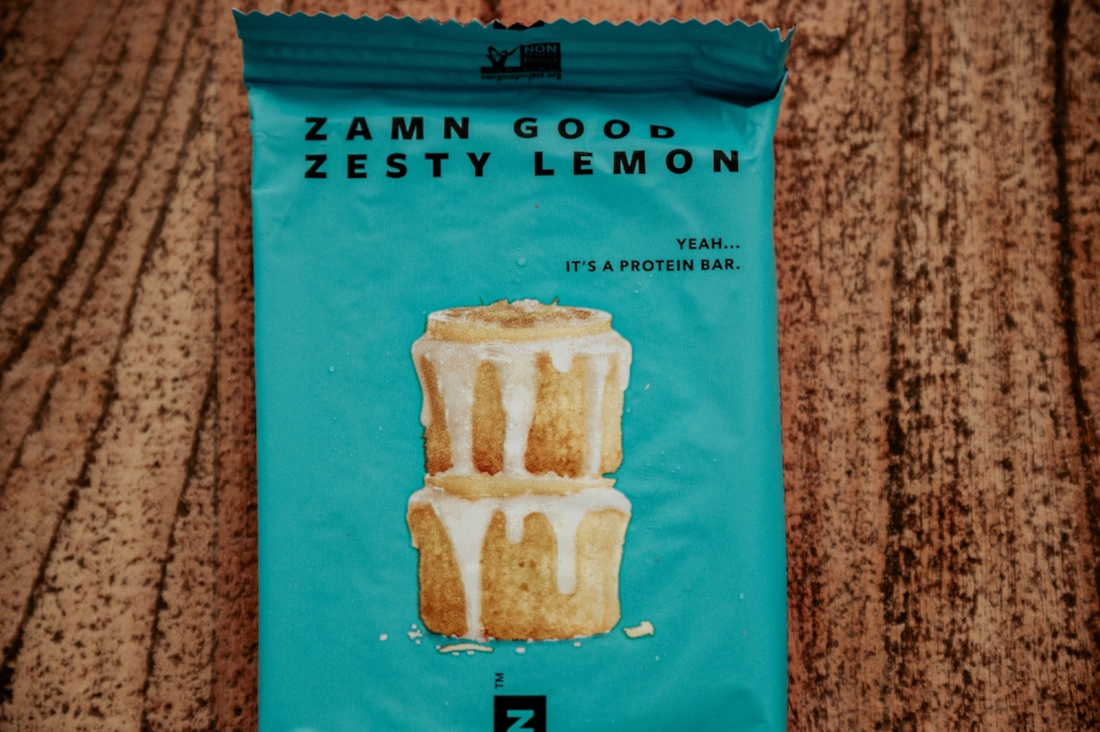 zesty-lemon-protein-bar-ashlee-rose-photo-tiny-ashe-blog-truwomen.jpg