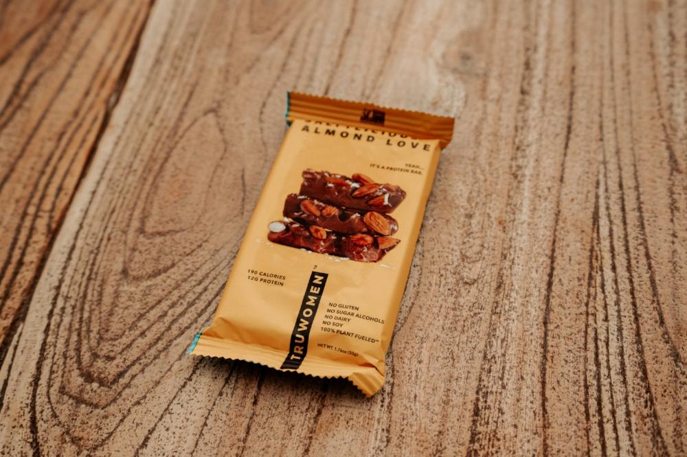 saltylicious-almond-love-bar-ashlee-rose-photo-tiny-ashe-blog-truwomen.JPG