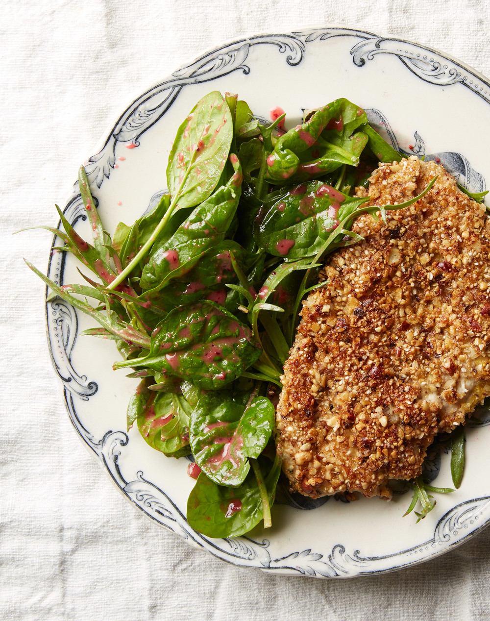 chicken breast with hazelnut buckwheat crust and cranberry salad dressing