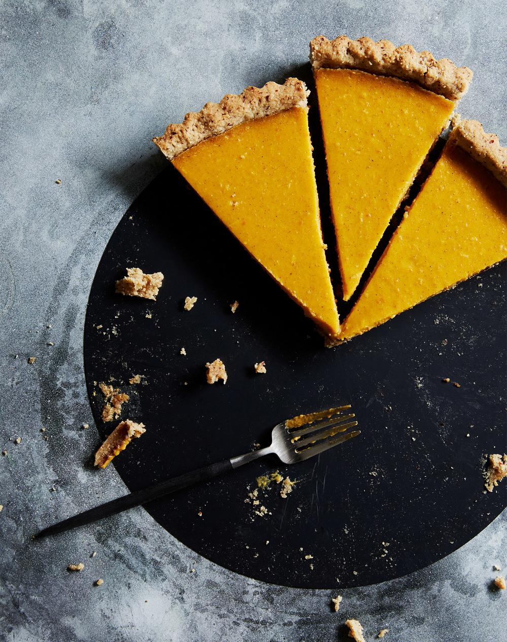 gluten free hazelnut pumpkin tart