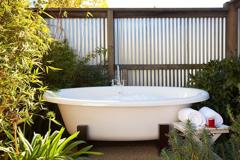 Outdoor tub at Carneros Inn