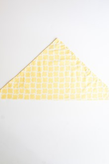 Yellow and white dinner napkin cloth napkin folding