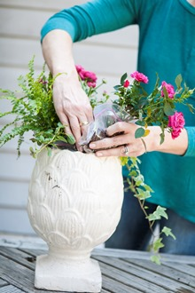 floral arrangements for your easter table