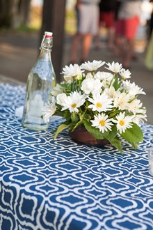 white and blue cloth linens