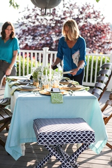 outside dining tablecloth