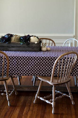 setting a table for thanksgiving