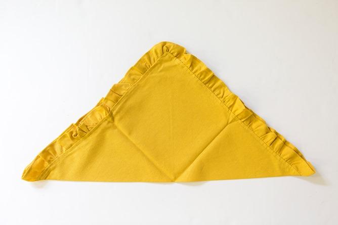 Ruffle napkin fold