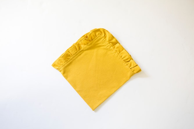 gold napkin for Thanksgiving