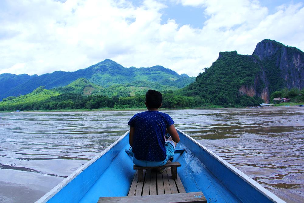 Atravesando el río Mekong.