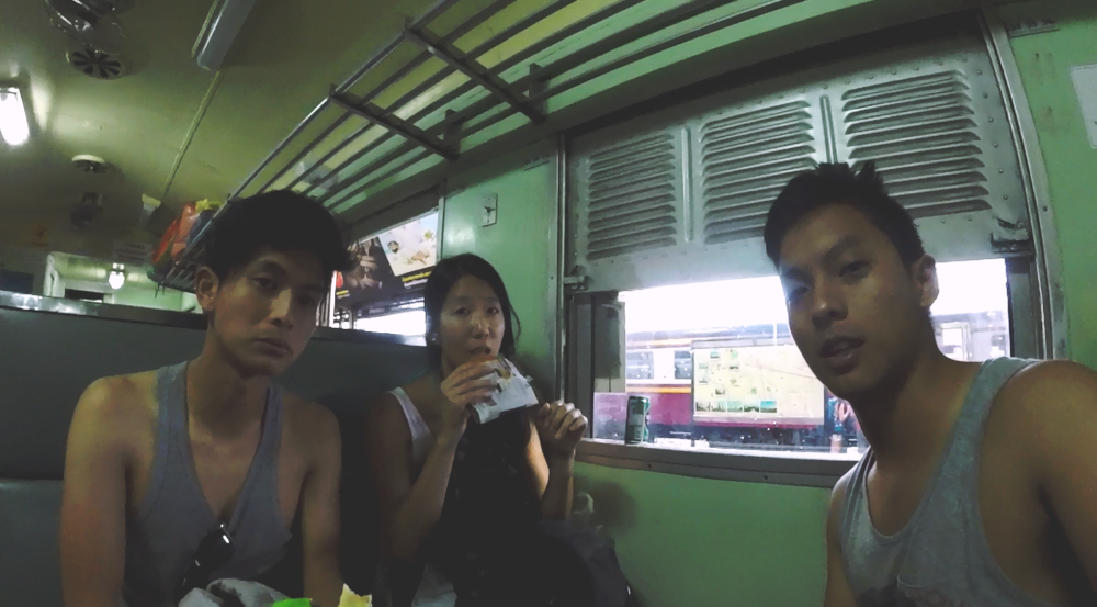Tren de tercera clase Bangkok - Pattaya.