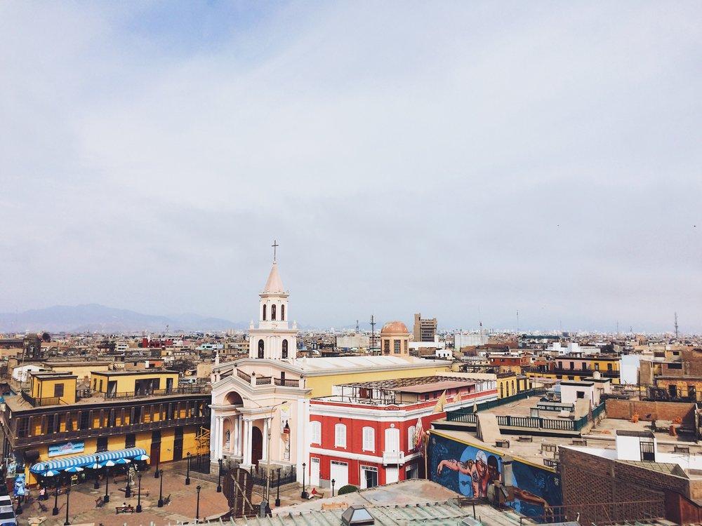 Callao Monumental desde una terraza.
