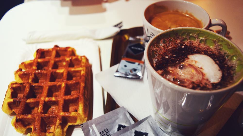 Waffles and Chocolate. No se vayan sin probarlo.