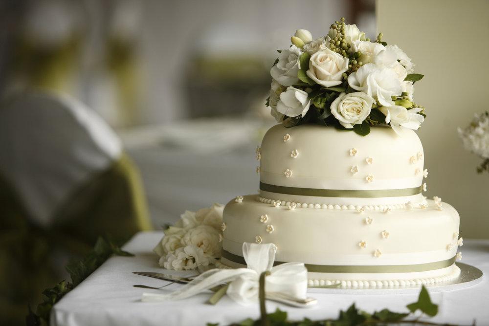 Flower-Cake-157195431_2122x1415.jpeg