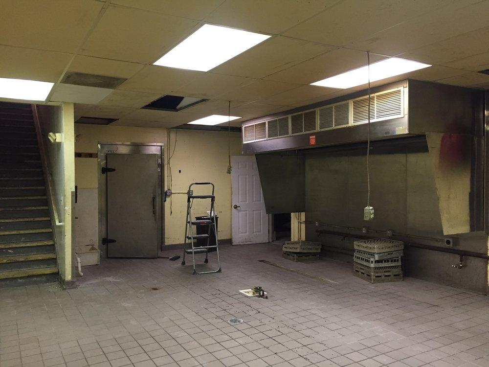Basment Kitchen.jpg