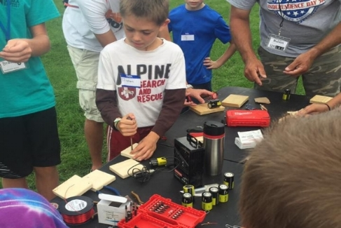 Engineering - July 3, 5-6 / 9am - 12:30 / FREEDoes your child express interest in how things work? Through hands-on projects campers will explore the fundamentals of engineering.