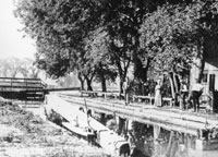 I & M Canal Lady Lock Tender at Channahon, Late 1800s Courtesy of John Lamb: Lewis University