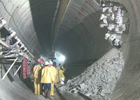TARP Workers in the Tunnel Courtesy of the Metropolitan Water Reclamation District of Greater Chicago.