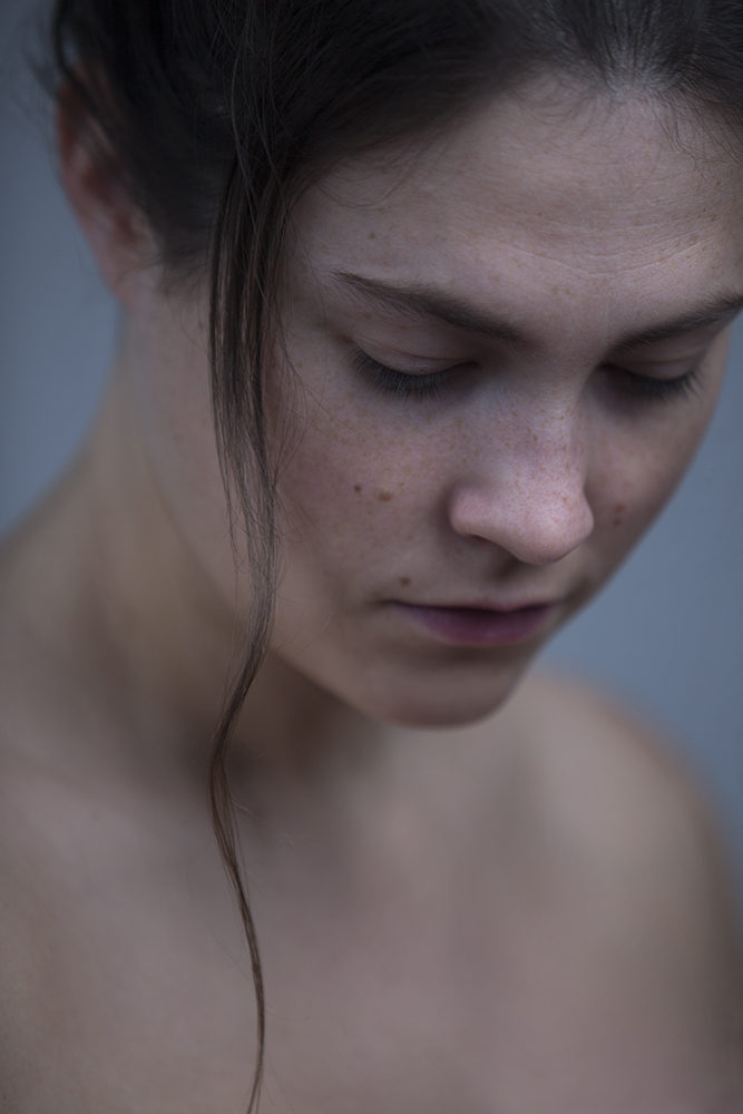 From a portraitsession with Maxime Vandommele, actress.