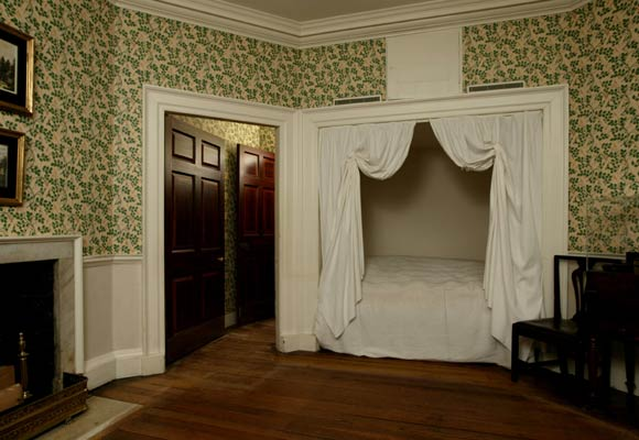 NorthOctagonal Room