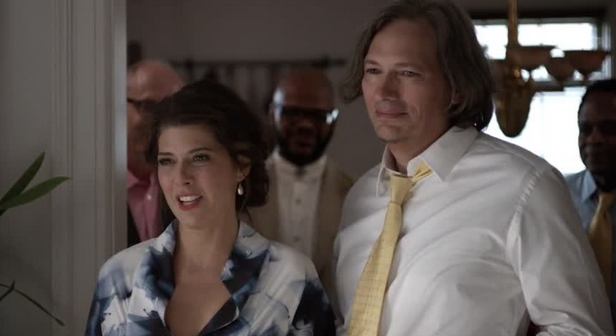 Kate (Marisa Tomei) and Elliot (Darren E. Burrows), Ben's niece-in-law