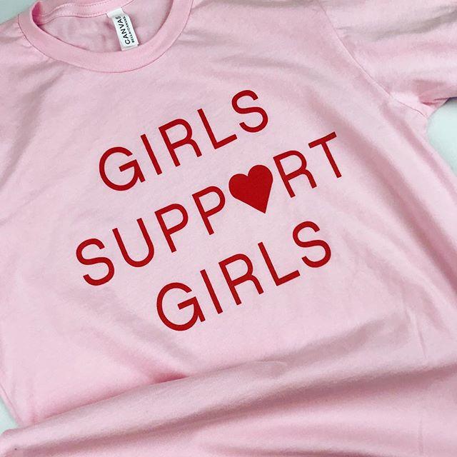 Happy #nationalwomansday we of course celebrated by printing up these great tees for @bossgalbeautybar 💃🏻🙌 . . . #girlsruntheworld #girlssupportgirls #womansday #columbusohio #asseenincolumbus #614 #columbus #printedbypops #popsprintedapparel #friyay #fridayvibes