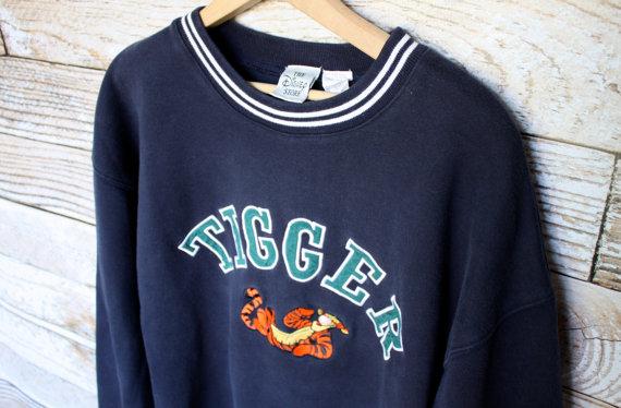 Vintage Walt Disney Tigger Sweatshirt - $52