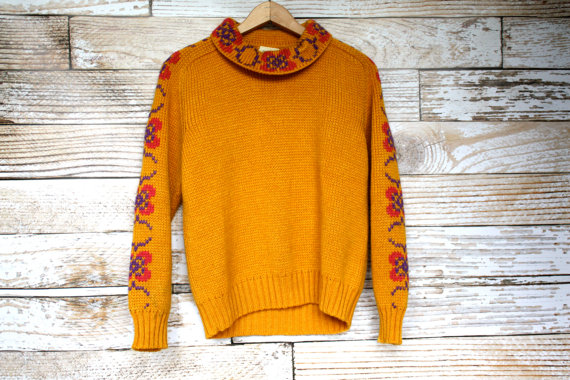 Vintage Floral Knit Sweater - $28