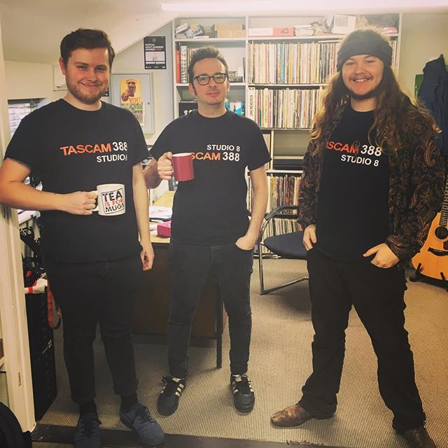 You assumed they planned this... Bois repping the Tascam 388! 👕👕👕 #punchstudiosuk #tascam388 #tascam #studio #recordingstudio #tape #tapemachine #officelife
