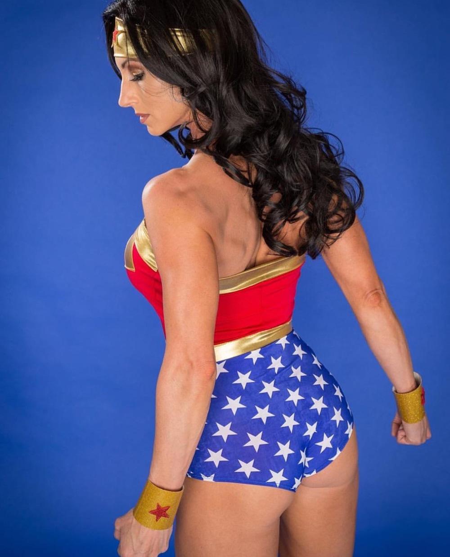 wonderwoman4.jpg