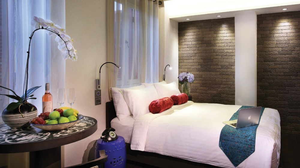 Singapore Hotels 1200x675px.jpg